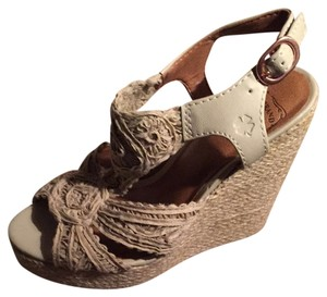 Lucky Brand Wedge Oatmeal, Nude Wedges
