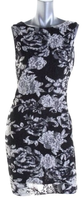 Preload https://item1.tradesy.com/images/alice-olivia-black-white-party-cocktail-dress-size-4-s-4031560-0-0.jpg?width=400&height=650