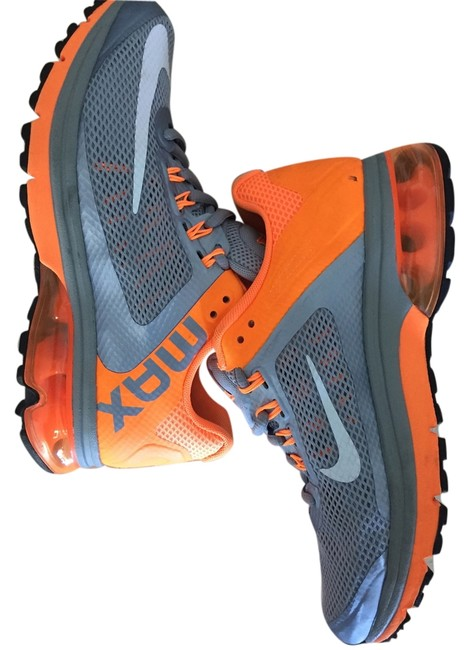 Item - Neon Orange Air Max Sneakers Size US 7