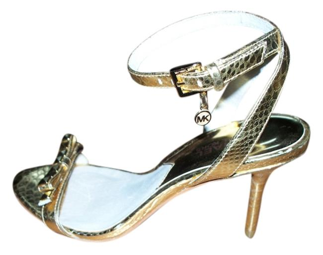 Item - Gold Charm Sandals Peep Toes Strappy Heels Formal Shoes Size US 6 Regular (M, B)