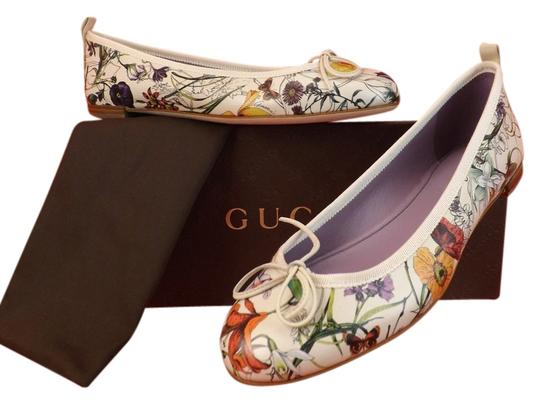 Preload https://item4.tradesy.com/images/gucci-multi-color-infinity-flora-ali-white-leather-bow-ballet-39-flats-size-us-9-regular-m-b-4036633-0-0.jpg?width=440&height=440