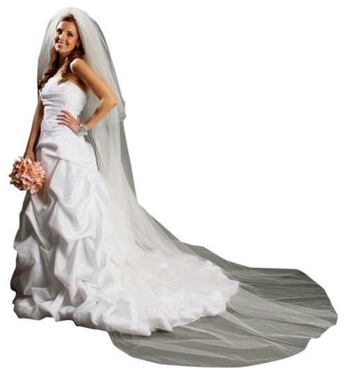 Mariell White Long Two Layer Dramatic Cathedral Length Cut Edge 933v-dw Bridal Veil
