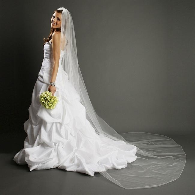 Item - White Long W One Layer Dramatic Cathedral Length with Pencil Edging 939v-w Bridal Veil