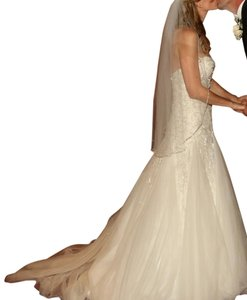 Demetrios Ivory Princess Cut Dress Size 10 (M)