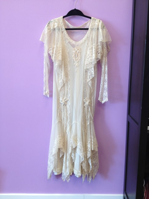 Item - Ivory/Coffee Lace Gown Vintage Wedding Dress Size 8 (M)