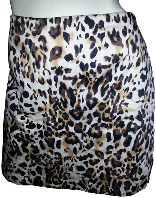 Preload https://item1.tradesy.com/images/bamboo-trading-company-animal-print-skort-size-12-l-32-33-404210-0-0.jpg?width=400&height=650