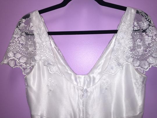 Jessica McClintock White Lace Tulle and Satin Vintage Wedding Dress Size 6 (S)