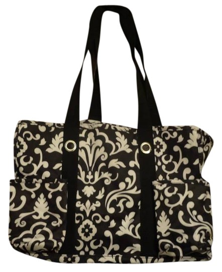 Preload https://item1.tradesy.com/images/black-and-white-tote-404215-0-0.jpg?width=440&height=440