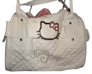 Sanrio Shoulder Bags - Up to 90% off at Tradesy bb2d244823363