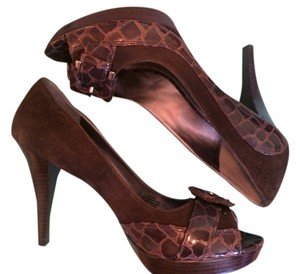 Marc Fisher Suade Brown Pumps