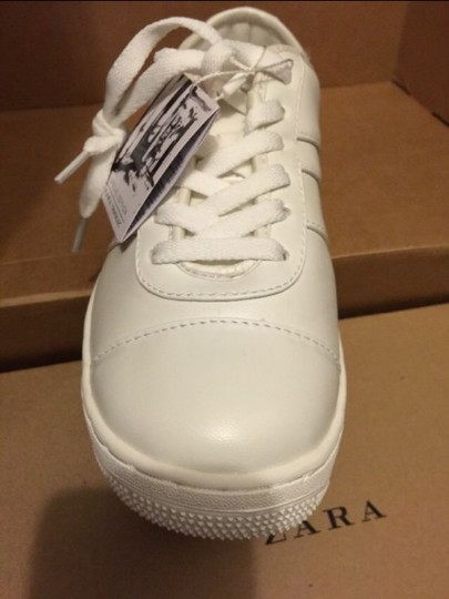 Zara White Athletic