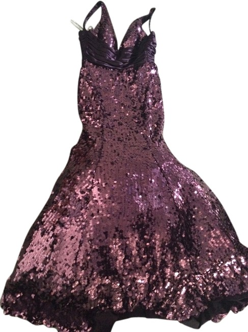 Item - Plum Mermaid Style/Sequin Formal Dress Size 4 (S)