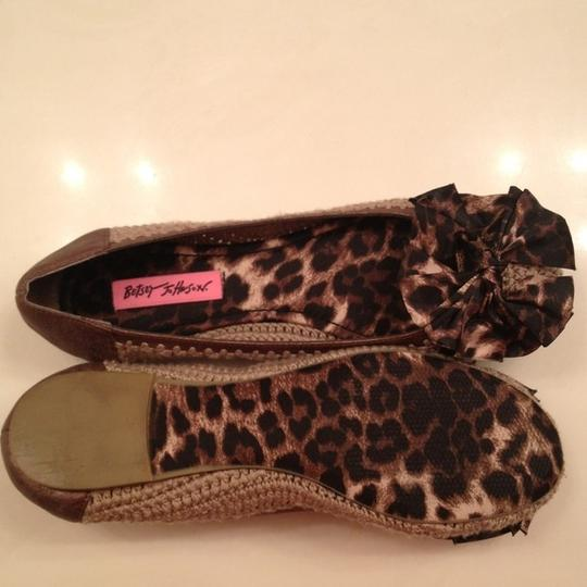 Betsey Johnson Bow Perforated Leopard Brown Flats