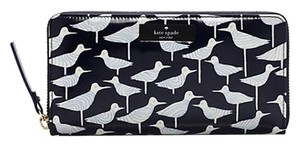 Kate Spade Kate Spade wallet (ship via priority mail)
