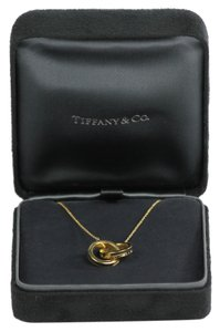 Tiffany & Co. * Tiffany 1837 Interlocking Circles Pendant - Gold
