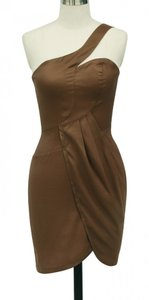 Brown Satin Polyester Asymmetrical One Shoulder Fashionista Sexy Bridesmaid/Mob Dress Size 12 (L)
