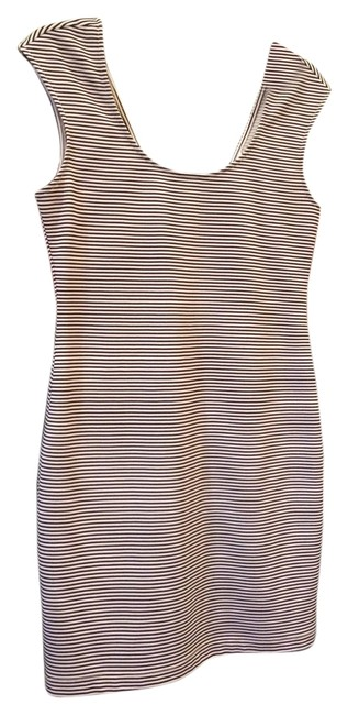 Preload https://item3.tradesy.com/images/bcbgeneration-blackcream-stripe-and-scoop-skinny-above-knee-short-casual-dress-size-4-s-4046722-0-0.jpg?width=400&height=650