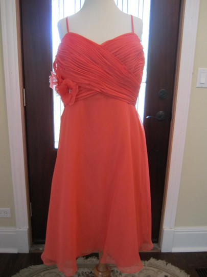 Eden Coral Polyester Shear Overlay Flowing Feminine Bridesmaid/Mob Dress Size 12 (L)