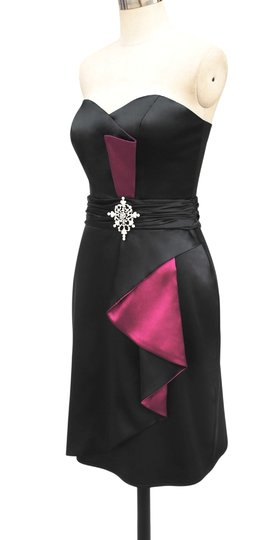 Black Satin Pinkaccents Stunning Size:med Sexy Bridesmaid/Mob Dress Size 8 (M)