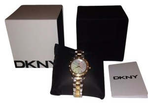 DKNY DKNY women's Watch with Pearl Dial & Crystals