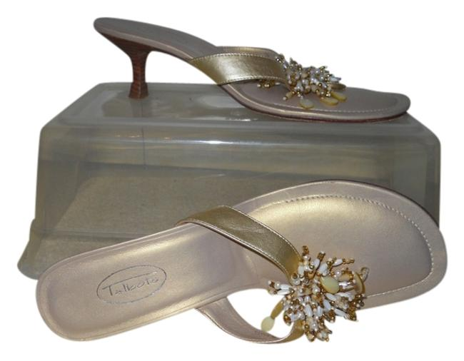 Item - Gold Leather Sandals Size US 9 Regular (M, B)