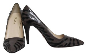 Prada Fumo & Nero Pumps