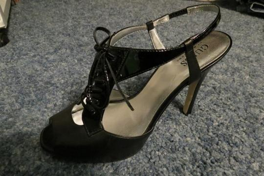 Guess By Marciano Oxfords Lace Up Black Pumps