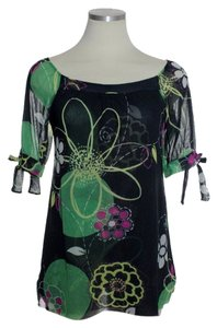 Sweet Pea by Stacy Frati Short Sleeve Boatneck Knit Top green multi