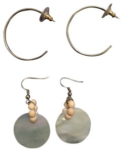 Nordstrom 2 Pair of Earrings - Silver Hoops & White Shell Drop