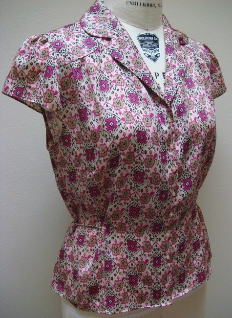 Ann Taylor LOFT Button Front Career Casual Ikat V-neck Top