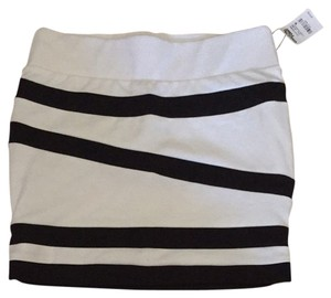 Charlotte Russe Skirt Black And White