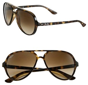 Ray-Ban Ray-Ban Iconic Cats 5000 Aviator Sunglasses