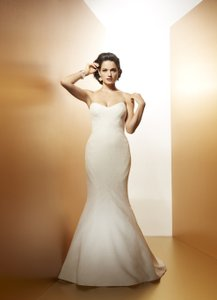 Matthew Christopher Matthew Christopher Coco Clean Wedding Dress