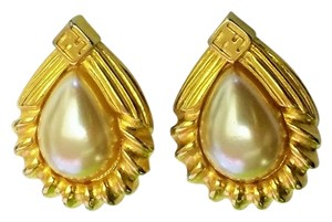 Fendi Fendi gold tone faux pearls earrings