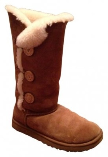 Preload https://img-static.tradesy.com/item/40636/ugg-australia-chestnut-bailey-button-triplet-bootsbooties-size-us-10-regular-m-b-0-0-540-540.jpg