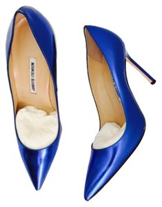 Manolo Blahnik Metallic Blue Pumps