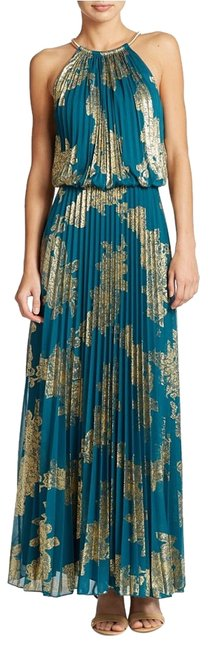 Item - Green Gold Pleated Halter Emerald Foil Full Sweep Long Casual Maxi Dress Size 10 (M)