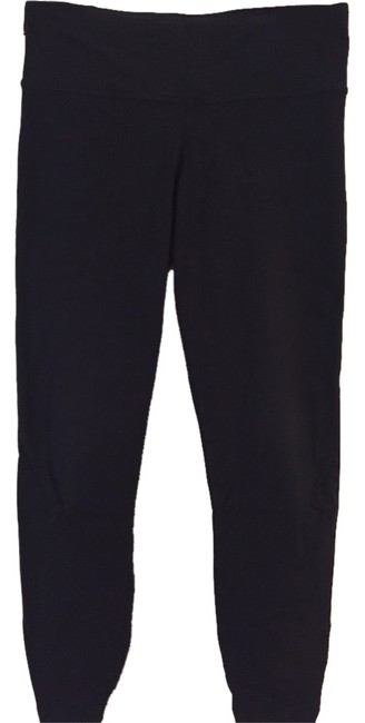 Preload https://item3.tradesy.com/images/black-ruched-activewear-leggings-size-0-xs-25-4067107-0-0.jpg?width=400&height=650
