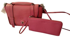 Coach Hands-free Wear Loganberry Messenger Bag
