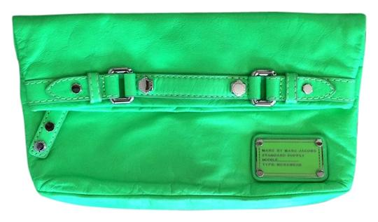 Preload https://item3.tradesy.com/images/marc-by-marc-jacobs-workwear-green-leather-clutch-4068412-0-0.jpg?width=440&height=440