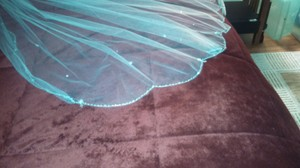White Medium Sparkling Bridal Veil