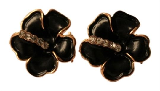 Other NWOT Black Rose Earrings