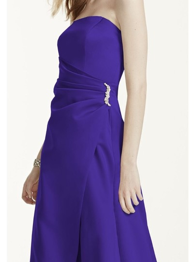 David's Bridal Regency Purple Satin 8567 Gown with Drape and Brooch Formal Bridesmaid/Mob Dress Size 6 (S) Image 1