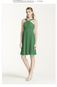 David's Bridal Clover Green F1560 Short Crinkle Chiffon Y Neck Dress Dress