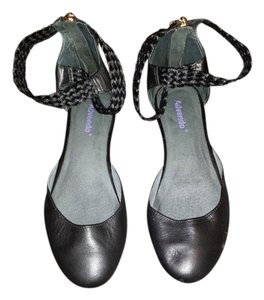 advendo black Flats