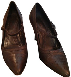Brooks Brothers Mary Jane Brown Pumps