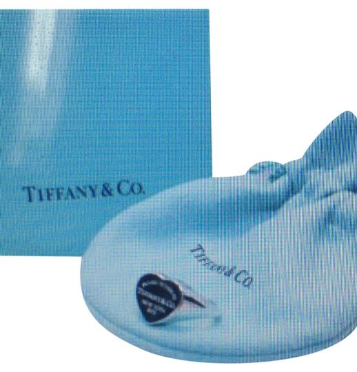 Tiffany & Co. AUTHENTIC TIFFANY AND CO 925 HEART SIGNET RING