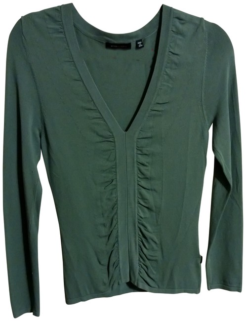 Preload https://item2.tradesy.com/images/bcbgmaxazria-green-blouse-size-6-s-407591-0-0.jpg?width=400&height=650