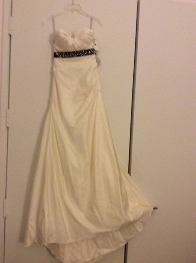 Preload https://item1.tradesy.com/images/love-culture-white-strapless-formal-wedding-dress-size-2-xs-4079590-0-0.jpg?width=440&height=440