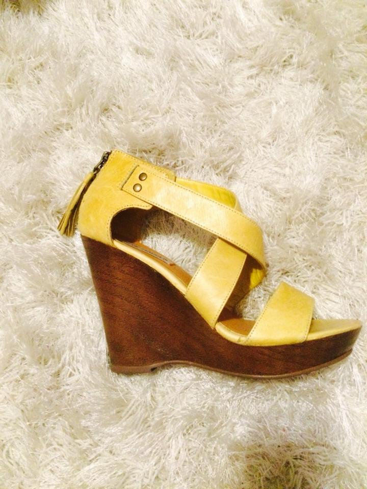 a4c590ba917 Steve Madden Mustard Yellow Not Sure Wedges. Size  US 7 Regular (M ...